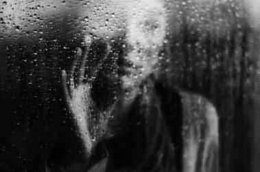 Comment savoir si on est dépressif : les premiers symptômes
