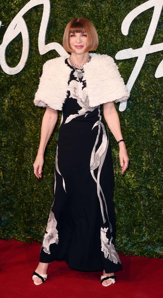 Anna Wintour en Margiela par Gallliano aux British Fashion Awards à Londres