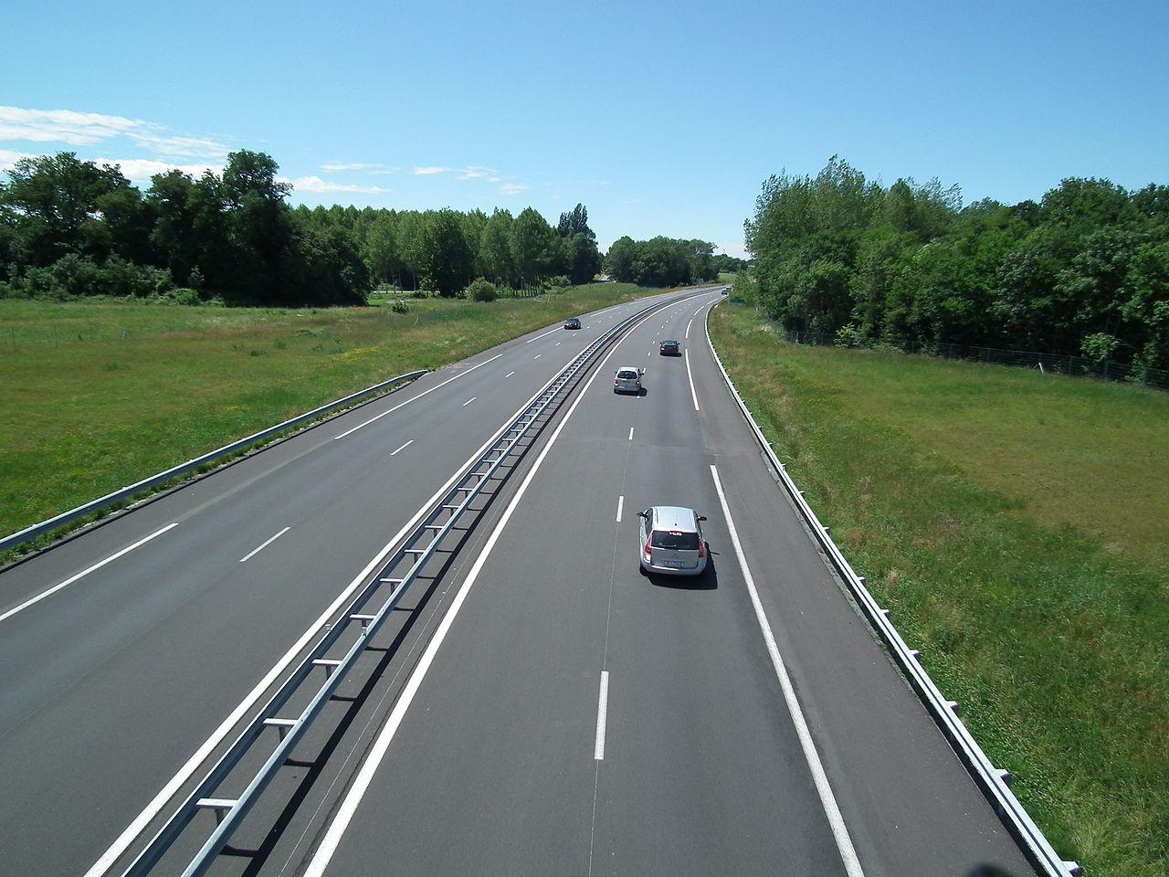 Victimes de leur succès, les routes françaises ont besoin d'une remise à niveau