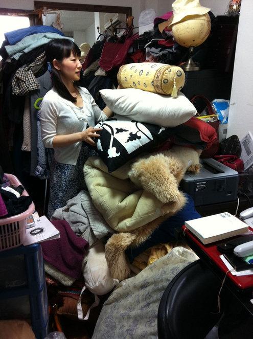 Marie Kondo dans le placard d'un client