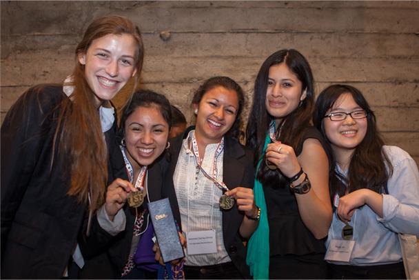 « CodeGirl » : les filles peuvent coder, la preuve