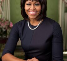 """Pour Michelle Obama, Donald Trump est un """"prédateur sexuel"""""""