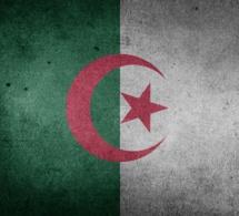 Algérie : une ministre propose que les femmes mariées algériennes donnent leur salaire à l'Etat pour résoudre la crise