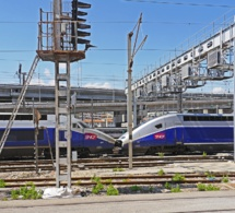 SNCF : face à un agent gréviste sur deux, le gouvernement réaffirme sa détermination