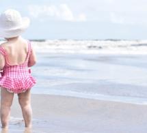 Cancer de la peau : les parents protègent bien leurs enfants mais s'oublient