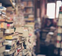 Les livres vont mal alors que les Français lisent toujours autant