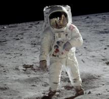 Premiers pas sur la Lune : un seul appareil pour une seule photo