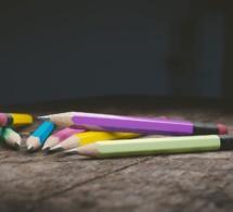 Instruction obligatoire à l'école, le gouvernement organise discrètement sa retraite